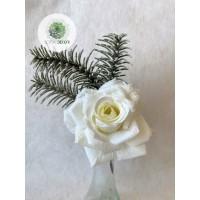 Rózsa pick fenyőággal krém
